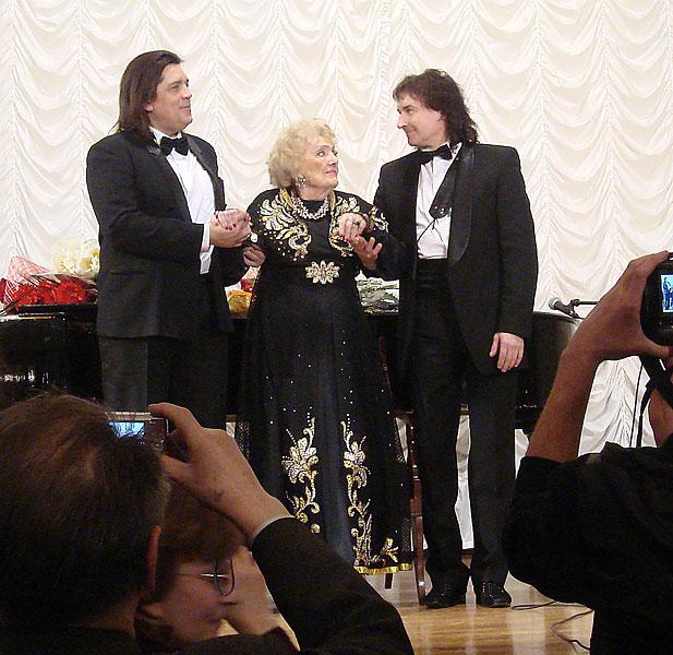 Александр Бисеров, Алла Баянова, Александр Ретюнский.